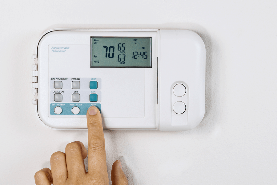 adjusting thermostat to save money